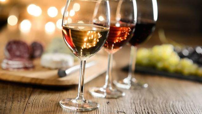 Le app aiutano a valutare e comparare i vini, per acquistare meglio