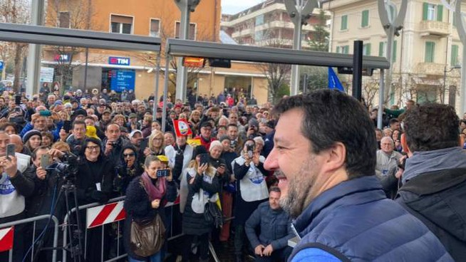 Salvini a Cattolica (Twitter @matteosalvinimi)