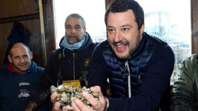 Salvini coi pescatori di Comacchio (Businesspress)