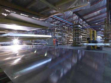 Almet Italia, l'alluminio contro l'incertezza