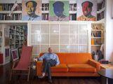 Bertinotti e Warhol, falce e pennello.  Rizzo punge: comunista da salotto