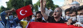 Europa sotto choc, ira greca. Insorgono ortodossi e Unesco