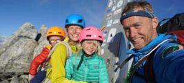 Bimbi alpinisti,  bella impresa  da non emulare