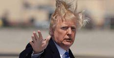 """Trump: """"Capelli perfetti? Serve più acqua""""  E fa aumentare la pressione delle docce"""