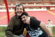 Maradona, altro che piedi: era l'immaginazione al potere. Ha stregato cinema e letteratura