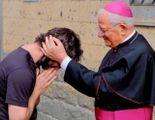 """""""Sono innamorato, lascio la tonaca""""  Il prete spiazza i fedeli a messa"""