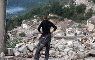 Rinasce il paese distrutto dal sisma  Un referendum su dove ricostruirlo