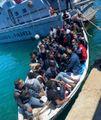 Caos migranti, Lamorgese chiede aiuto all'Ue