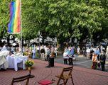 I vescovi tedeschi  contro il Papa  Benedicono coppie gay