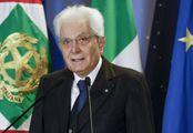 Minacce a Mattarella sui social: indagato prof
