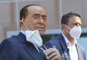Berlusconi ancora ricoverato: è il long-Covid