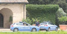 Ladro nella reggia che fu di Raul Gardini  Arriva in bicicletta e ruba un'auto