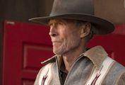 Pugni e cavalcate: è il macho Clint, 91 anni