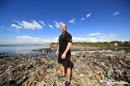 DAVINES  RIPENSA  LA PLASTICA  PER SALVARE  GLI OCEANI