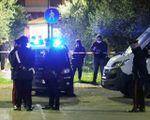 Parte un colpo di fucile  Uccisa a 15 anni dal papà