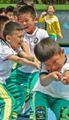 """Contrordine del governo alle famiglie  """"Fate studiare di meno i vostri figli  Servono più sport e attività ricreative"""""""