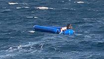 Gommone si ribalta: muoiono quattro bimbi  Un'altra strage di migranti nel Mar Egeo