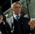 Bond sarà agente di Amazon  A Bezos i dati degli 007 inglesi