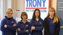 Dipendenti della Trony in protesta davanti al negozio di corso Vercelli