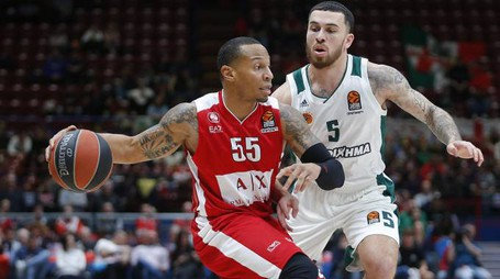 Mike James contro Jerrells (LaPresse)