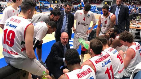 Un time out di coach Menetti a San Pietroburgo
