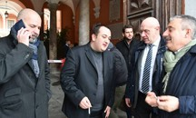 Opposizione a palazzo Ducale