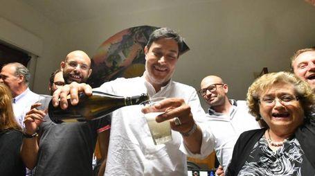 Calamandrei festeggia: è stato confermato sindaco (Fotocronache Germogli)