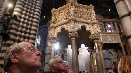 Il Pulpito nel Duomo che Nicola Pisano realizzò nel 1265 (foto Paolo Lazzeroni)
