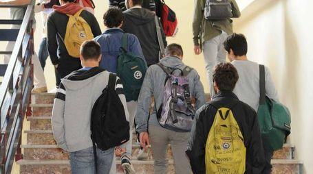 Studenti in una foto d'archivio (Fornasari)