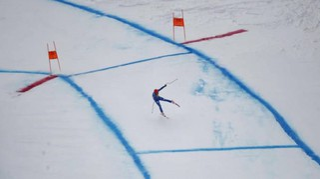 Kitzbuehel, Innerhofer cade sulla Streif