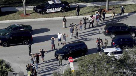 Strage in una scuola in Florida (Ansa)