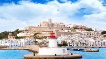 Il Comune di Ibiza vuole proteggersi dal sovraffollamento dei turisti – Foto: LUNAMARINA/i