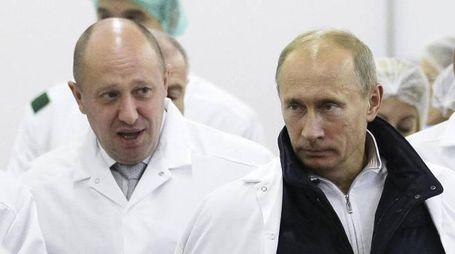 Yevgeny Prigozhin e Vladimir Putin (Ansa)