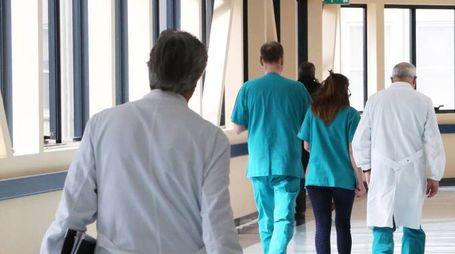 Medici e infermieri (foto di repertorio)