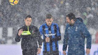 Juventus-Atalanta rinviata, l'Allianz Stadium sotto la neve