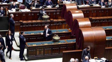 Operazioni di voto alla Camera dei deputati (Ansa)
