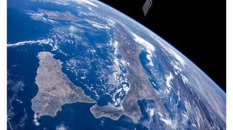 Stazione spaziale cinese, i frammenti potrebbero cadere al Centro Sud (foto Dire)