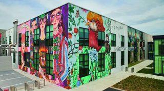 Gucci, il nuovo Art Lab: l'inaugurazione, i murales, i laboratori del lusso