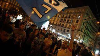 Calcio: notte di festa a Napoli, squadra accolta da 15 mila