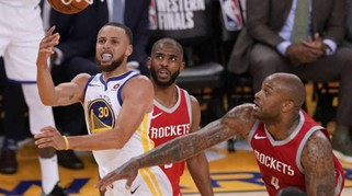 Basket: Nba, Golden State-Houston 126-85, 2-1 Warriors