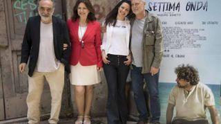 Cinema: La settima onda, amicizia tra pescatore e regista