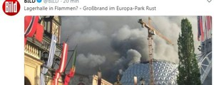Incendio al Europa-park di Rust, in Germania (twitter bild)