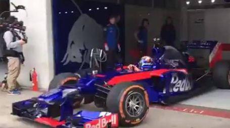 Marc Marquez su una Red Bull (da Twitter marc marquez)