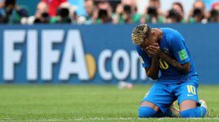 Il Brasile vince, Neymar in lacrime
