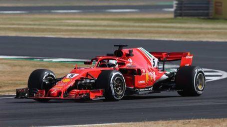 Formula 1 Gp Silverstone, Vettel in azione (LaPresse)