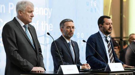 Horst Seehofer, Herbert Kickl e Matteo Salvini (Ansa)