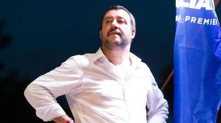 Il ministro dell'Interno Matteo Salvini a un comizio (Ansa)