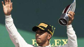 F1: Hamilton rinnova con la Mercedes fino al 2020
