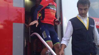 """Tour de France 2018, caduta di Nibali. """"Giù dopo un rallentamento"""""""