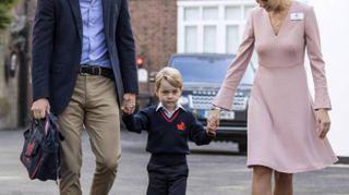 George di Cambridge compie 5 anni. Dalle smorfie alla vestaglia con Obama: tutte le foto